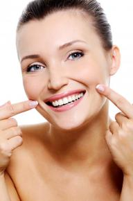Let a Cosmetic Dentist in Minneapolis help you Smile with Confidence!