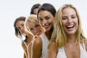 Dismal Problems with Happy Solutions through Cosmetic Dentist in North Oaks!