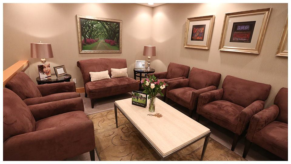 The waiting room of Serene Oaks Dental