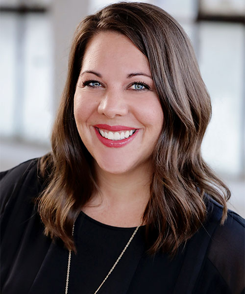Headshot of Melissa, our dental assistant
