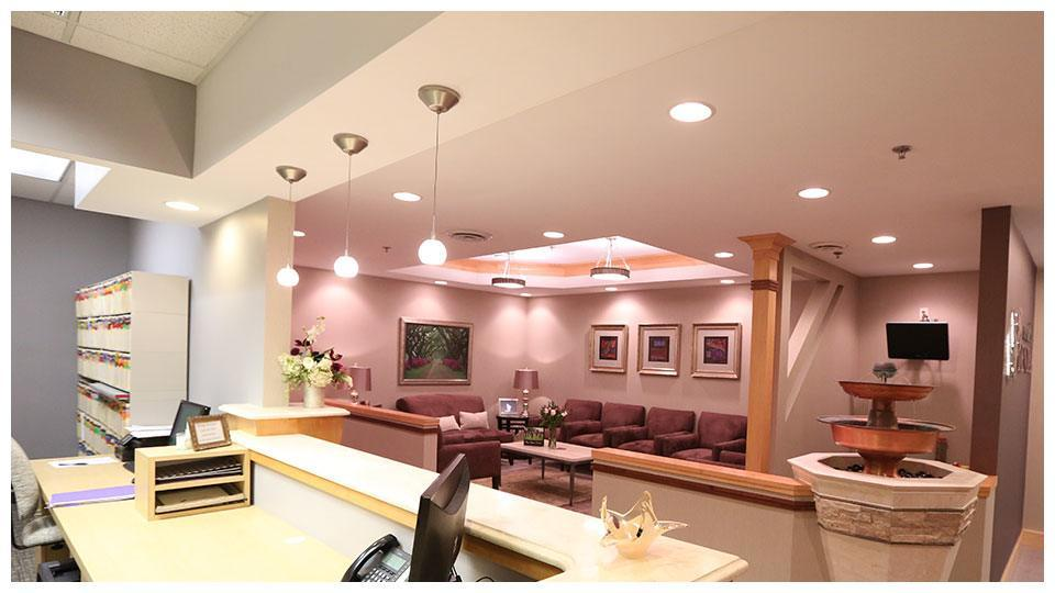 The front desk and lobby of Serene Oaks Dental