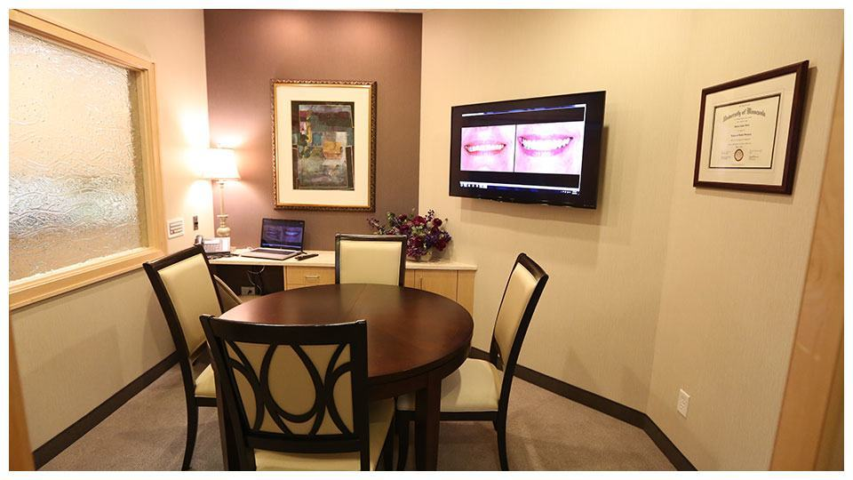 A consultation room inside our North Oaks dental office