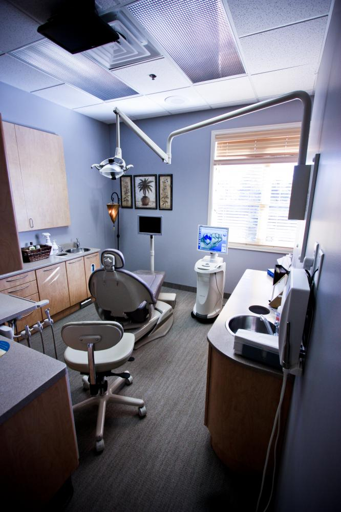 Dentists in North Oaks.